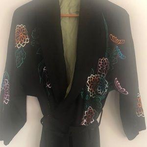Kimono vintage silk w embroidery